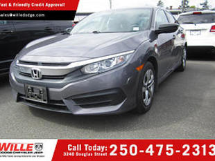 New 2018 TOYOTA COROLLA LE Front Wheel Drive 4dr Car