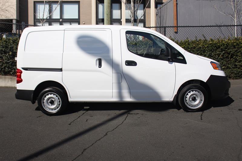 Used 2014 Chevrolet Captiva Sport Fleet FWD 4dr LS w/2LS